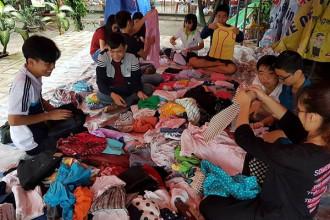 Các CLB, đội, nhóm tình nguyện chuẩn bị quà trao tặng cho những người khó khăn