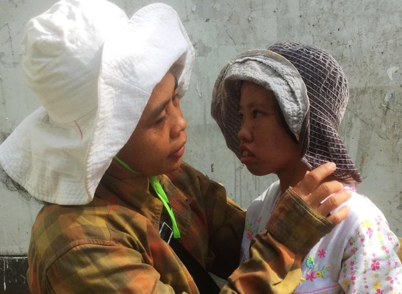 """Vợ chồng chị Trinh vẫn khao khát được nghe con gọi tiếng """"ba"""", """"má"""" - Ảnh: Internet"""