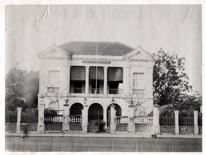 Tòa Hòa giải trên đại lộ Charner, nay là đại lộ Nguyễn Huệ. Ảnh tư liệu.