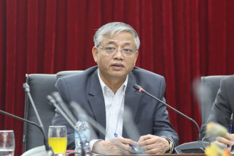 Thứ trưởng Bộ Lao Động - thương binh và xã hội Doãn Mậu Diệp nhận định thưởng tết 2018 không thấp hơn 2017 - Ảnh : CHÍ TUỆ