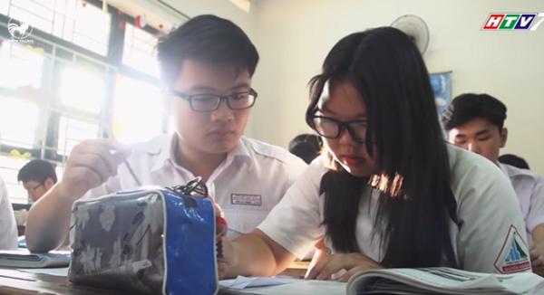 2 nhân vật chính đến từ trường THPT Nguyễn Hữu Huân, TP.HCM