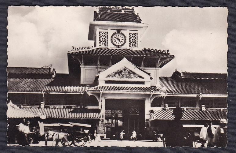 Năm 1928, thương gia người Hoa Quách Đàm bỏ tiền ra xây dựng chợ Bình Tây thay cho chợ cũ. Người dân Chợ Lớn thường gọi đây là Chợ Lớn Mới. Ảnh tư liệu.