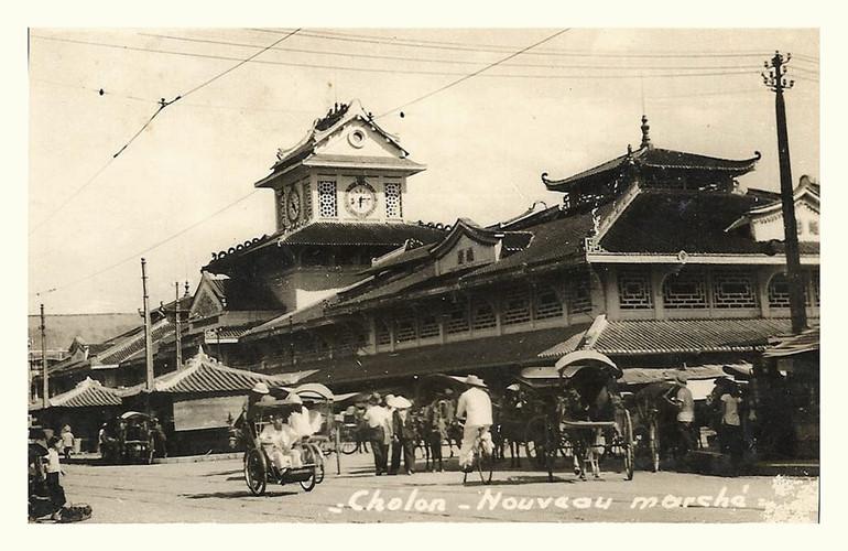 """Chợ Bình Tây trên một bưu thiếp của Pháp, được gọi là """"Chợ Lớn Mới"""" (Cholon Noveau marché). Ảnh tư liệu."""