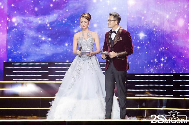 MC HHHV 2017 Ngoc Diem - Duc Bao 12