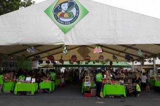 Phiên chợ Tết xanh quy tụ hơn 100 gian hàng gồm các đơn vị doanh nghiệp Hàng Việt Nam chất lượng cao, hợp tác xã (HTX) làng nghề, cơ sở sản xuất nông đặc sản, thanh niên khởi nghiệp.
