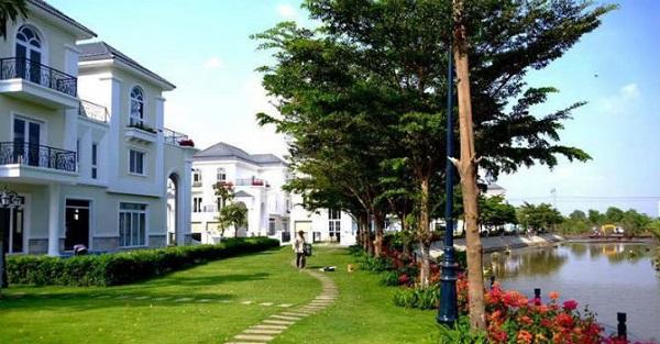 Giới nhà giàu Sài Gòn không tiếc tiền, tranh nhau bỏ ra cả triệu USD để sở hữu 1 căn nhà tại những khu đô thị xanh.