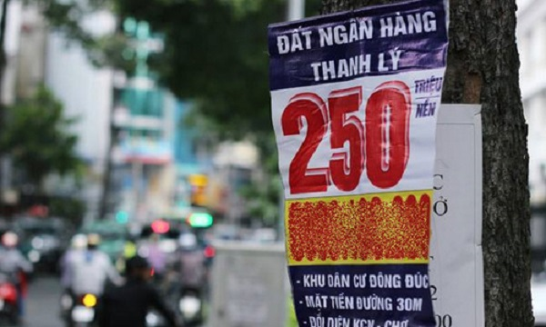 Đất nền đang lên 'cơn sốt', Sài Gòn vẫn rầm rộ rao bán đất nền thanh lý giá 'siêu rẻ'