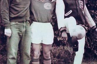 Cầu thủ Nguyễn Thái Bình và bạn bè ở Mỹ - Ảnh gia đình