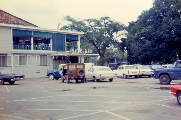Câu lạc bộ Golf Sài Gòn ở cạnh sân bay Tân Sơn Nhất. Ảnh: Carl Nielsen.