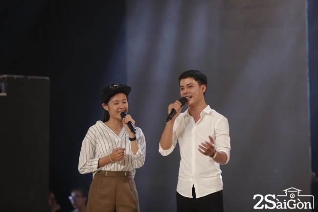 1. Manh Nguyen hat cung Quan quan 2016 Quynh Nhu (1)
