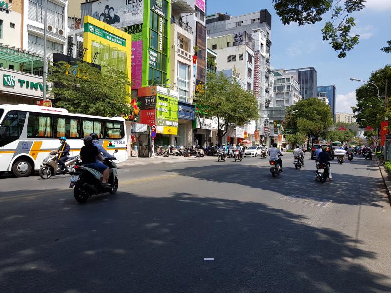 Đường Nguyễn Thi Minh Khai, Q 1 TP.HCM.
