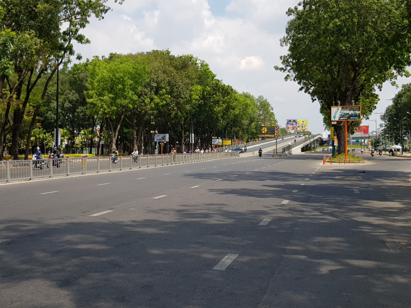 Cầu Vượt Nguyễn Kiệm xuất hiện là bài toán giải cho người dân khu vực Gò Vấp đi lại, không bị ùn tắc triền miên.