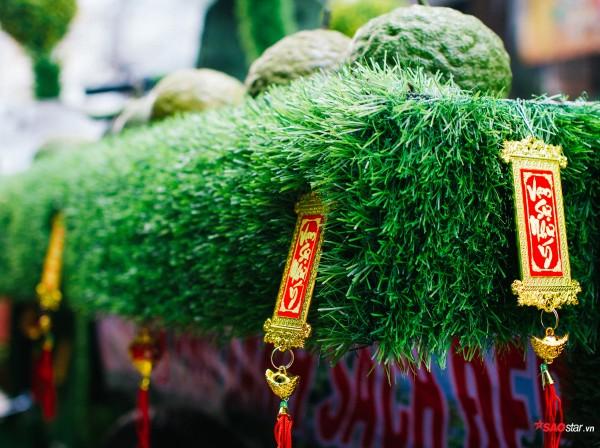 Sắp đến Tết Nguyên Đán, anh Hoàng Văn Hiển cũng đã kịp trang trí để bắt kịp không khí.