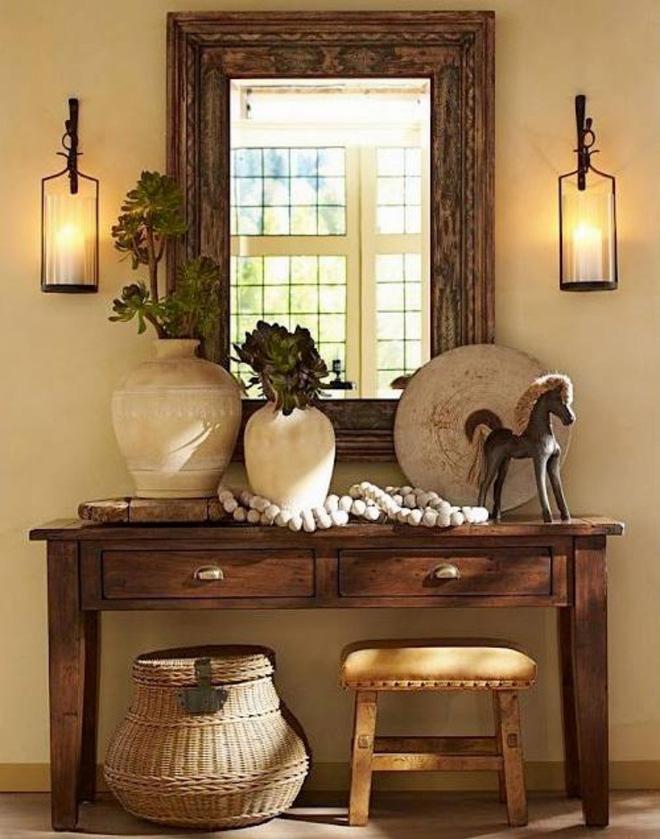 Ánh sáng luôn là một phần quan trọng của điểm nhấn trong không gian. Vì vậy, bạn có thể trang trí lối vào nhà bằng ánh sáng dịu dàng và ấm cúng cho những ngày đầu năm mới