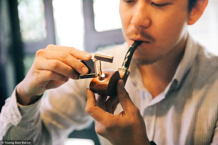 Hút tẩu cần có sự bình tĩnh và điềm tĩnh để có thể cảm nhận hết được hương vị của khói thuốc
