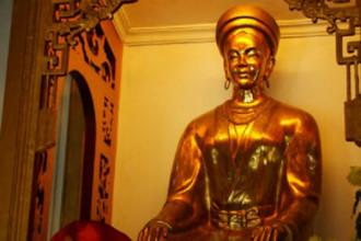 Tượng thờ công chúa Huyền Trân tại Huế. Ảnh tư liệu