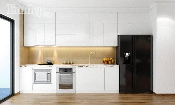Hệ thống tủ trên dưới có chức năng lưu trữ lớn giúp góc nhỏ căn bếp luôn gọn gàng.