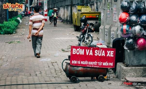 Ở Sài Gòn, người ta cứ bận tử tế với nhau cả một đời.