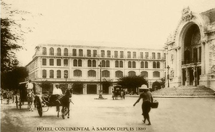 Năm 1885: Xây dựng khách sạn Continental