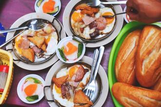 Món bánh mì chảo 60 năm 'sống' cùng Sài Gòn.