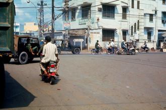 Bệnh viện Cơ Đốc bên ngã tư Phú Nhuận, Sài Gòn năm 1971-1972. Ảnh: Terry Nelson Flickr.