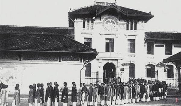 Trường nữ sinh Gia Long xưa.
