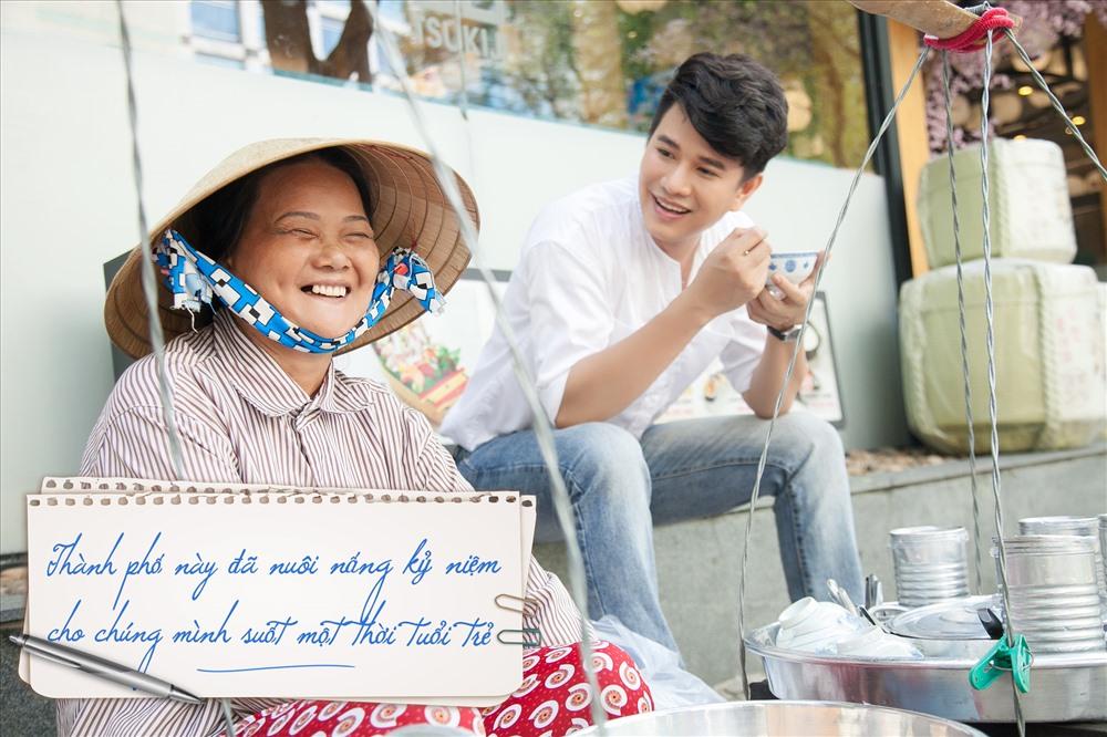 Một Sài Gòn cưu mang những phận đời tha hương.