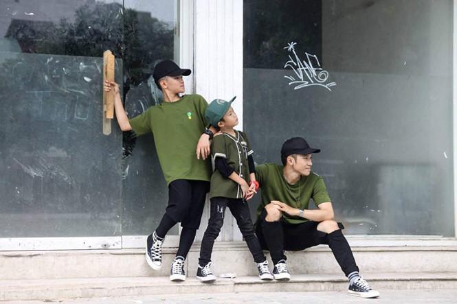 Chàng vũ công 9X đã có thể mở được một studio riêng tại TP.HCM và lo cho các em, các con mình học hành tới nơi tới chốn ẢNH: NVCC