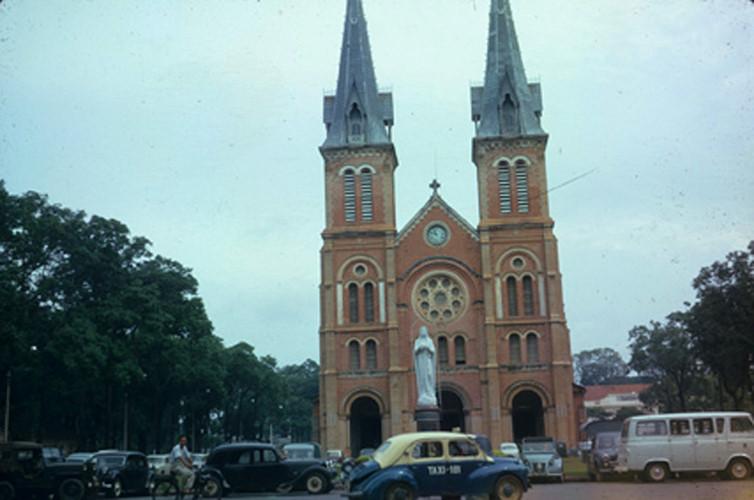 Nhà thờ Đức Bà. Ảnh: Vietnam Center and Archive.