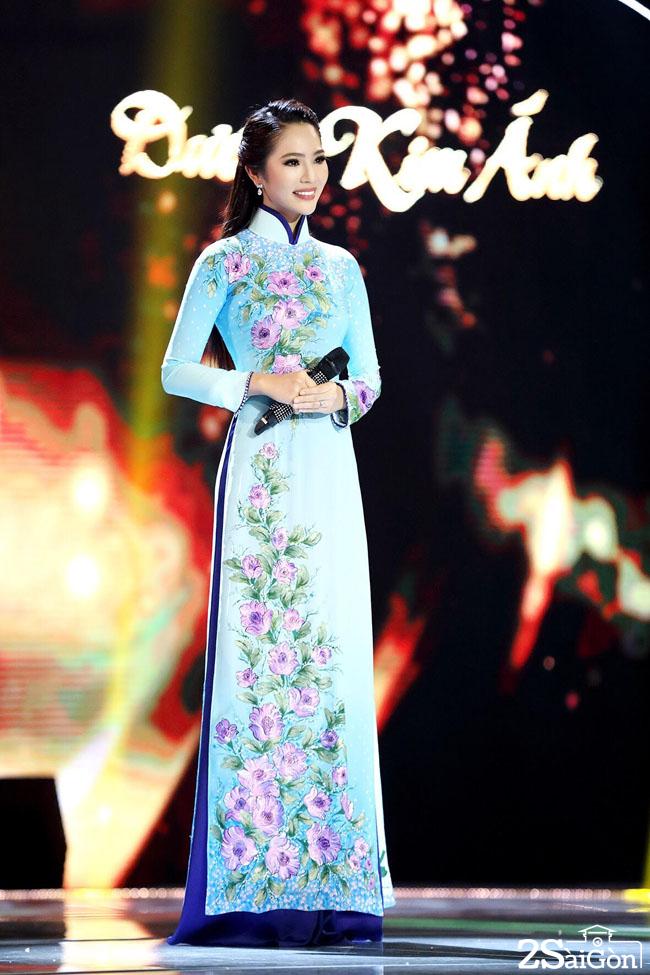 Hoa hau ao dai Duong Kim Anh (8)