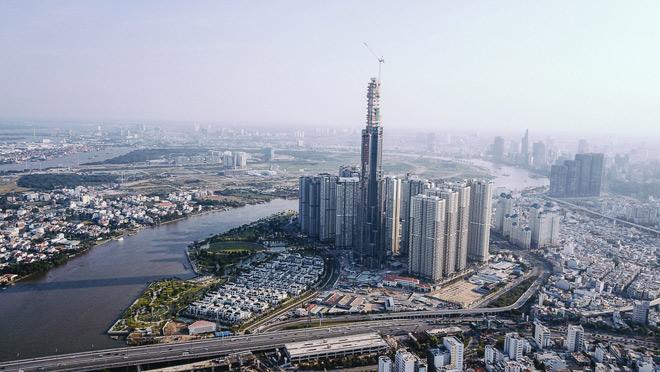 Landmark 81 khi hoàn thành được xem là biểu tượng mới của Sài Gòn. Hiện tòa nhà Bitexco được xem là biểu tượng của Sài Gòn.