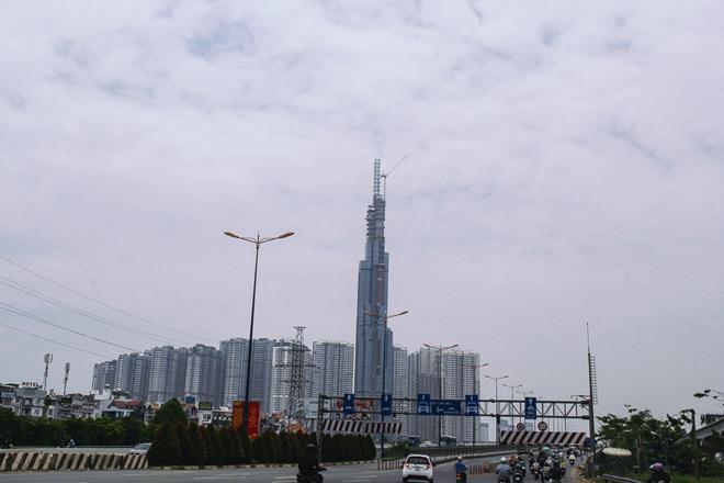 Tòa tháp này lọt vào top một trong 10 tòa tháp cao nhất thế giới.