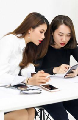 PHAM HUONG - GIRL BOSS (2)