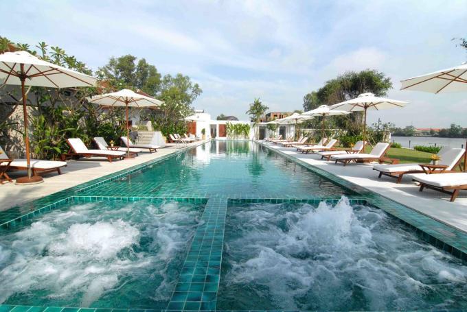 Villa Sông Sài Gòn: Cách trung tâm thành phố khoảng 8 km, nằm ở Thảo Điền, Q.2, bạn và gia đình sẽ không gặp khó khăn gì khi di chuyển đến đây trong dịp nghỉ lễ 30/4-1/5. Ảnh: Villa Song Saigon