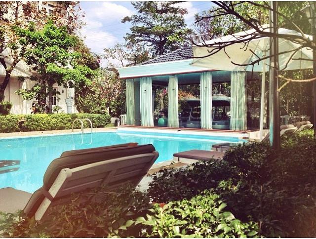 Silver Creek Resort: Khu nghỉ dưỡng nằm tại quận 12, với diện tích 20.000 m2, bao gồm 10 biệt thự với 60 phòng nghỉ được xây dựng theo phong cách châu Âu, thích hợp cho kỳ nghỉ của cả gia đình hoặc nhóm bạn bè.  Ảnh: Mayra