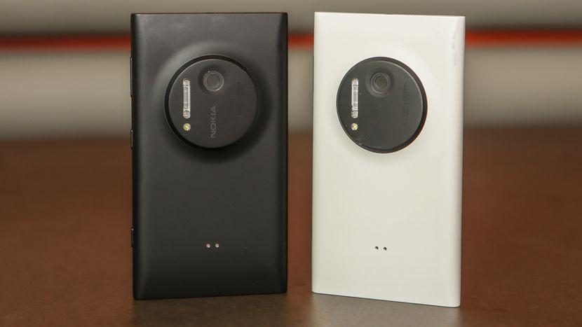7. Nokia Lumia 1020 (7/2013): Sau 808 PureView, Nokia tiếp tục đưa công nghệ độc quyền của mình lên chiếc Lumia 1020 chạy Windows Phone. Camera này thậm chí còn được cải tiến hơn với cảm biến BSI 1/1.5 inch, chống rung quang học, khẩu độ f/2.2, ống kính Zeiss 6 thành phần và đèn flash xenon. Người dùng còn có thể chỉnh mọi thông số chụp hình một cách khá đơn giản để cho ra bức ảnh ưng ý nhất.