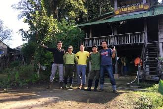Cán bộ kiểm lâm nhiệt tình hỗ trợ chúng tôi trong hành trình khám phá thiên nhiên tại Nam Cát Tiên.