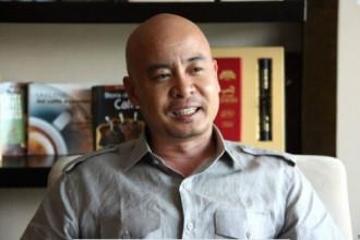 Không chỉ nổi tiếng trong lĩnh vực kinh doanh, ông chủ thương hiệu cà phê Trung Nguyên  còn được biết đến là một tay chơi xe thứ thiệt.