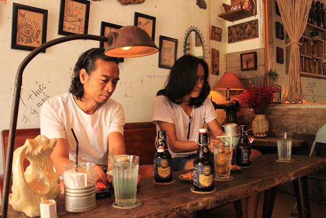 Bia cũng giống như các loại nước giải khát thông thường khác, hãy uống bia để thưởng thức, đừng uống cho say ẢNH: LƯU TRÂN