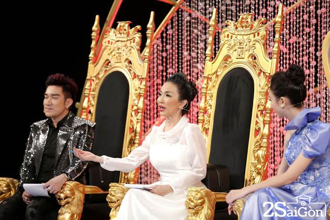 10. Ban Giam Khao (2)