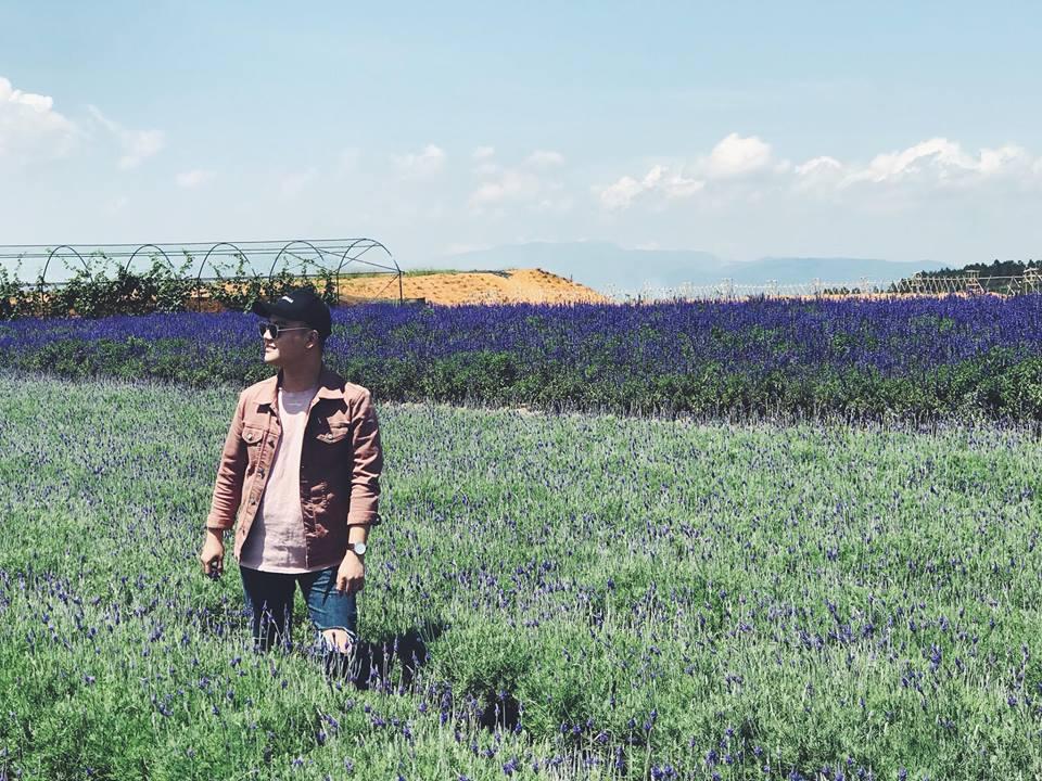 Không phải sang Pháp, chỉ cần lên Đà Lạt là được 'sống ảo' với cánh đồng lavender tuyệt đẹp