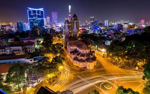Sài Gòn rực rỡ sắc màu giữa bộn bề cuộc sống ( photo by Thanh Hoang Cong)