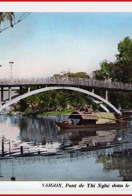 Cầu Thị Nghè (cũ) là một trong những cây cầu gắn với lịch sử của Sài Gòn xưa. Cầu bắc qua rạch Thị Nghè ở khu vực phía sau Thảo Cầm Viên, nối quận 1 và quận Bình Thạnh. Ảnh tư liệu.