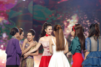 Duong Kim Anh va Phuong Tram chia tay Duyen dang Bolero (2)