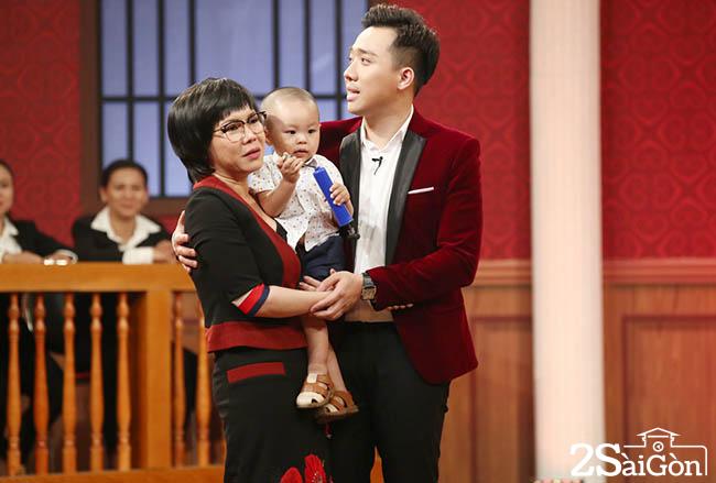 HTV2 - Photos TAP 4 - PHIEN TOA TINH YEU (13)