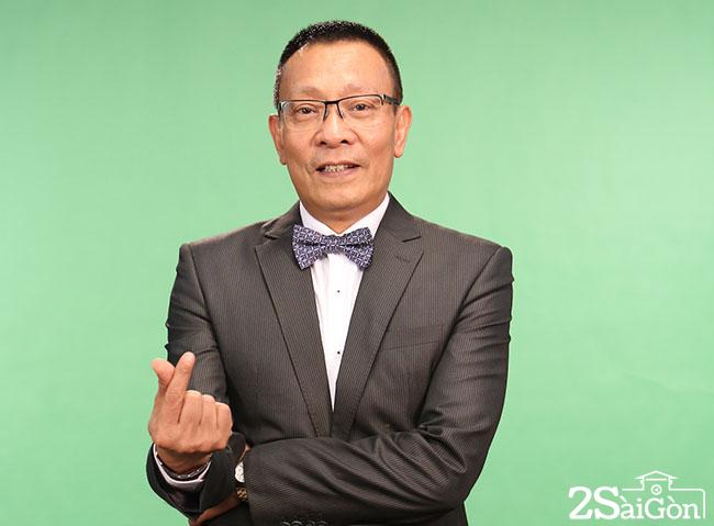 Hinh MC Lai Van Sam studio cua Vietnam IQ 2s