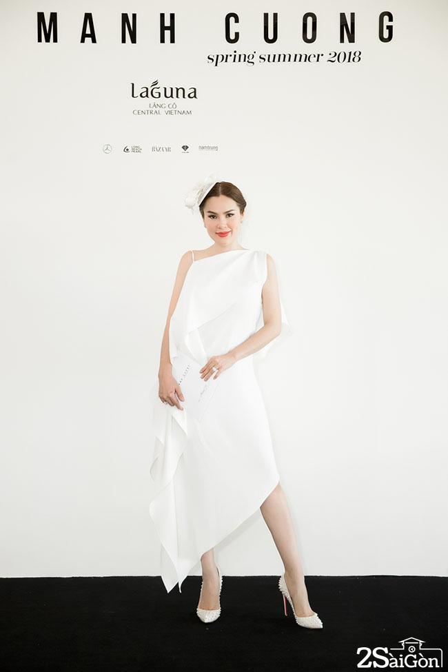 Hoa hau Phuong Le