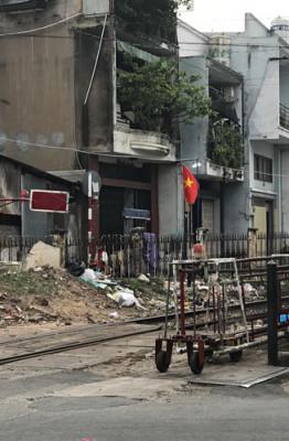 Cống Bà Xếp là một địa danh ở quận 3, cống chính nằm ngay khu vực ga xe lửa Hòa Hưng và thông ra kênh Nhiêu Lộc ẢNH: LƯU TRÂN