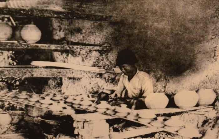 Cùng với nghề rèn, nghề gốm được xem là một trong những nghề truyền thống của người Sài Gòn - Chợ Lớn.