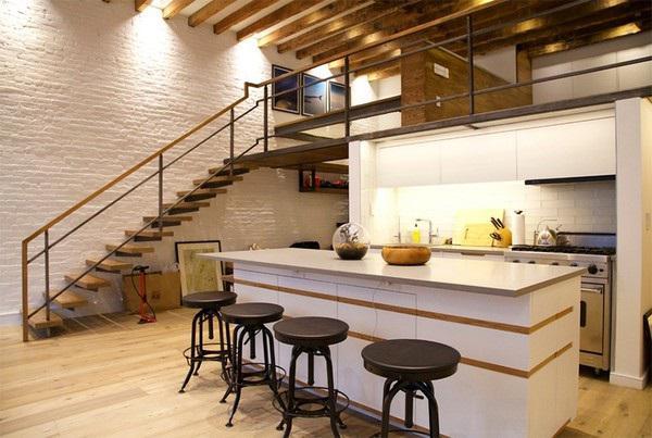 Sự kết hợp giữa nội thất gỗ tinh tế, gam màu chủ đạo trắng sáng và thiết kế gác lửng khiến cho căn nhà cấp 4 này thật đẹp và nổi bật.